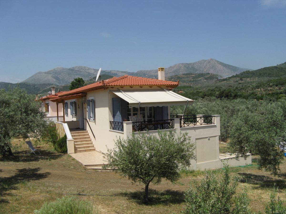 Griekenland-Peloponnesos-Epidavros-vakantiehuisje-terras